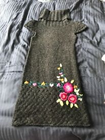 Desigual knit dress Size S beautiful embroidery