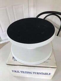 PME tilting cake decorating icing turntable