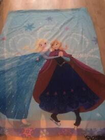 Frozen single bedding and wall mural