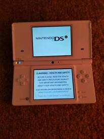 White DSi with 9 Big Name Games