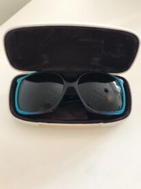 GONE Stella McCartney Vintage Sunglasses with case