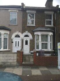 4 bedroom house ,laminated plus reception, Sutton Court Road Plaistow
