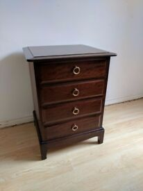 4 Drawer Bedside Table in Excellent condition