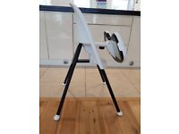 Baby Bjorn High Chair, used but in excellent condition, easy to assemble and trnsport