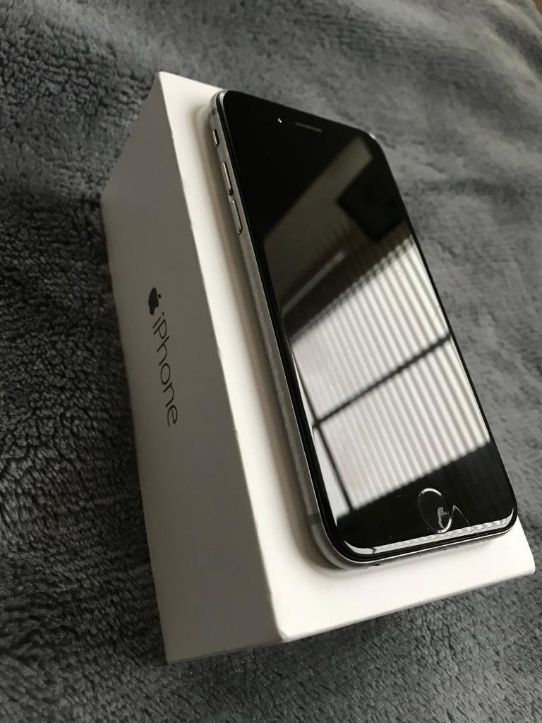 iPhone 6 16GB - near mint condition