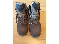 Men's Hi Tec walking boots