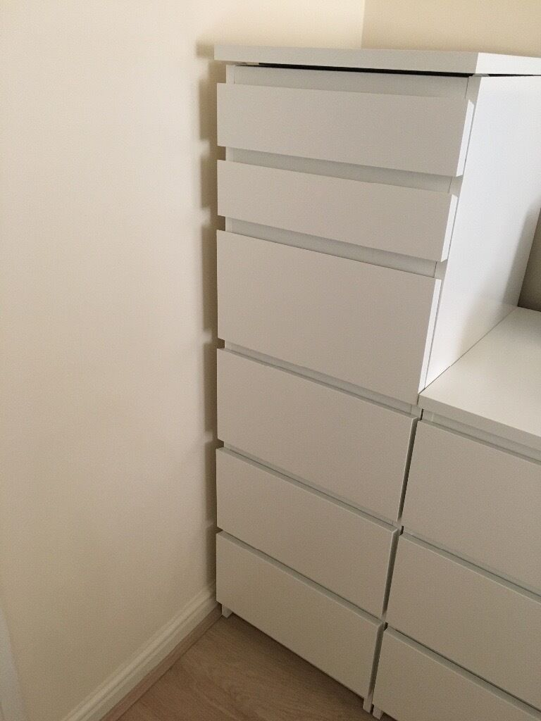 Ikea malm chest of 6 drawers tall white with mirror glass for Tall glass mirror