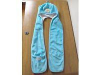 Girls Frozen Hat, Scarf and Gloves All- in -One Age 4-8