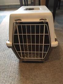 Sturdy pet carrier