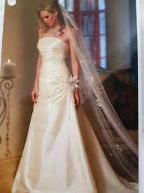 Designer wedding dress BNWT