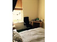 Double room to rent near Murrayfield (£430 all bills included)