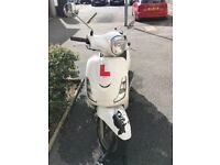 SYM Fiddle II 125 Motorcycle 2012 Full year MOT. Expires 09/2019 Low mileage: 1600