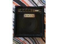 FENDER RUMBLE FIFTEEN BASS AMP