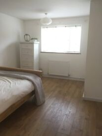 Double room in newly refurbished flat in Seal Sevenoaks.£500 pcm including bills.