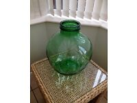 CARBOY green