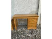 Solid oak dressing table * free furniture delivery *