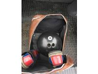Vintage Brunswick Black Diamond Bowling ball with carry case & accessories!