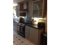 Used Paula Rosa Kitchen units and used appliances
