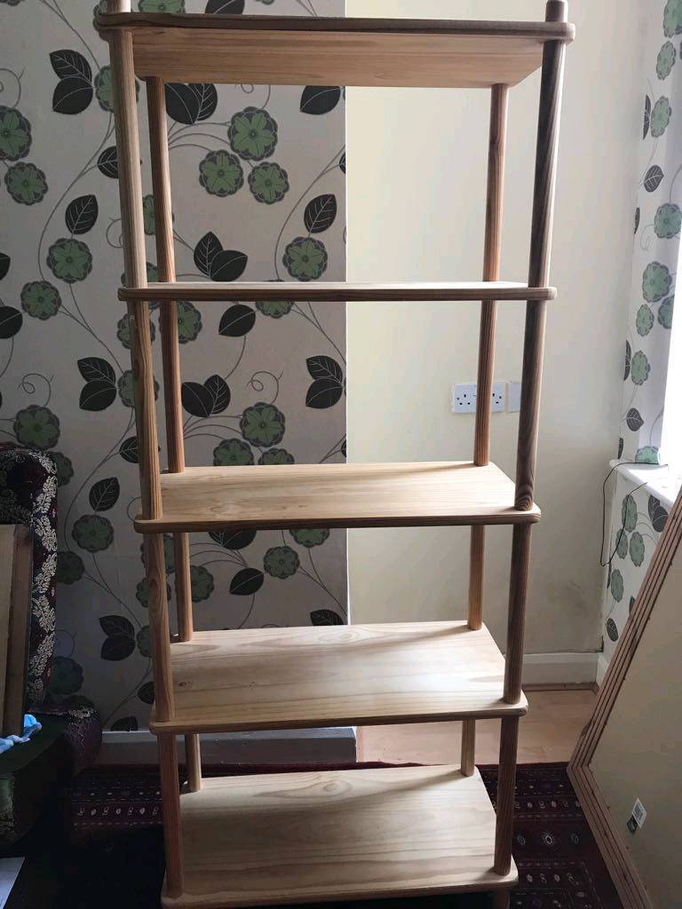 Solid wooden shelf strong and durablein Middlesbrough, North YorkshireGumtree - Very strong and can be easily dismantled Very useful for stacking objects