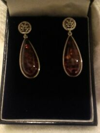 925 silver earings.
