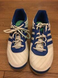 Adidas Indoor Football Trainers / Boots UK Size 9.5 (SuperSala)
