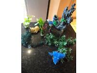 Ornaments for fish tank.