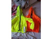 2 kids coats lite weigh new never used
