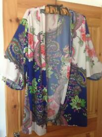 Boo Hoo size 16 jacket/ kimono
