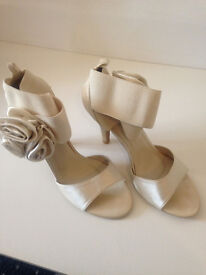Stylish party/wedding shoes and sandals in Size 5