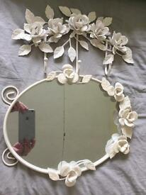 Shabby chic mirror and hooks metal Roses