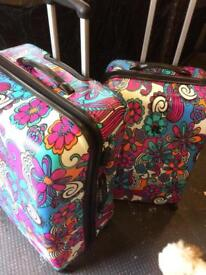 Excellent Condition Large Pair Suitcases With Built in Locks