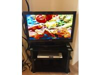 TOSHIBA 32 inch LCD with built in Free View
