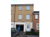 Modern 3 Bedroom Town House in Horfield