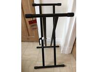 Keyboard stand by STAGG