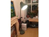 LARGE 6FT LAMP