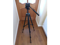 Video and photograpy tripod 230V