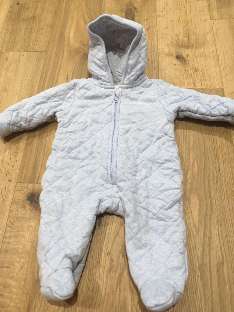 Jasper Conran boys 0 3 month lightweight snowsuit for sale in Widleyin Waterlooville, HampshireGumtree - Jasper Conran boys 0 3 month lightweight snowsuit for sale from smoke and pet free home.As new condition as only worn once