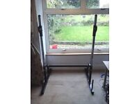 Solid metal adjustable gym / squat / barbell / weight lifting power rack / stand