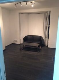 room for rent to let for business office narborough road