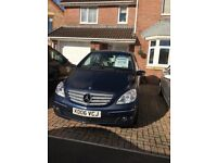 B Class Mercedes Diesel Automatic in metallic blue lovely condition.
