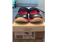 Clarks Ath Shine First shoes