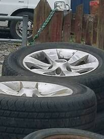5 x 235 65 17 wheels and tyres for a nissan terrano