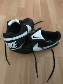 Nike premier football boots fg size 8 1/2
