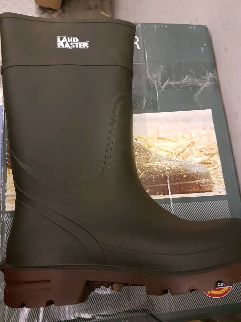 Lancaster wellies size 11