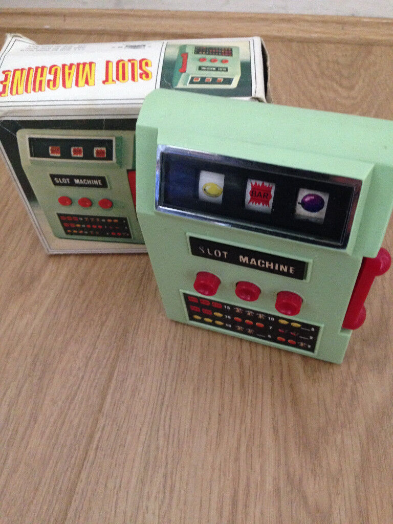Mini arcade machine 1970 complete with box fully working