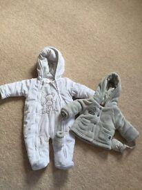 Bundle of unisex new born clothes