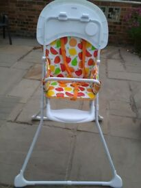 Highchair Mothercare highchair hardly used and in good condition