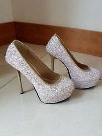 Special Occasion High Heels Gold with sequins