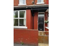 *NEWLY DECORATED STUDENTS/PROFESSIONALS ONLY* 4 BEDROOM PROPERTY ON CROFTON ST, MANCHESTER, M14 7ND
