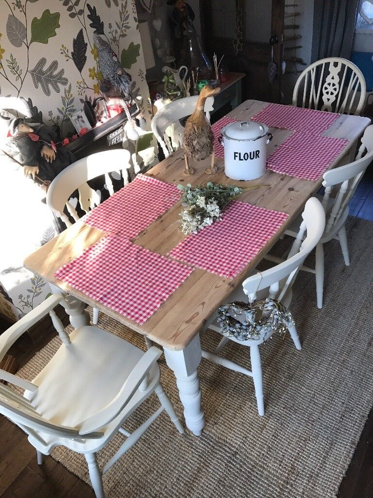 Shabby chic / pine table plus 6 chairs